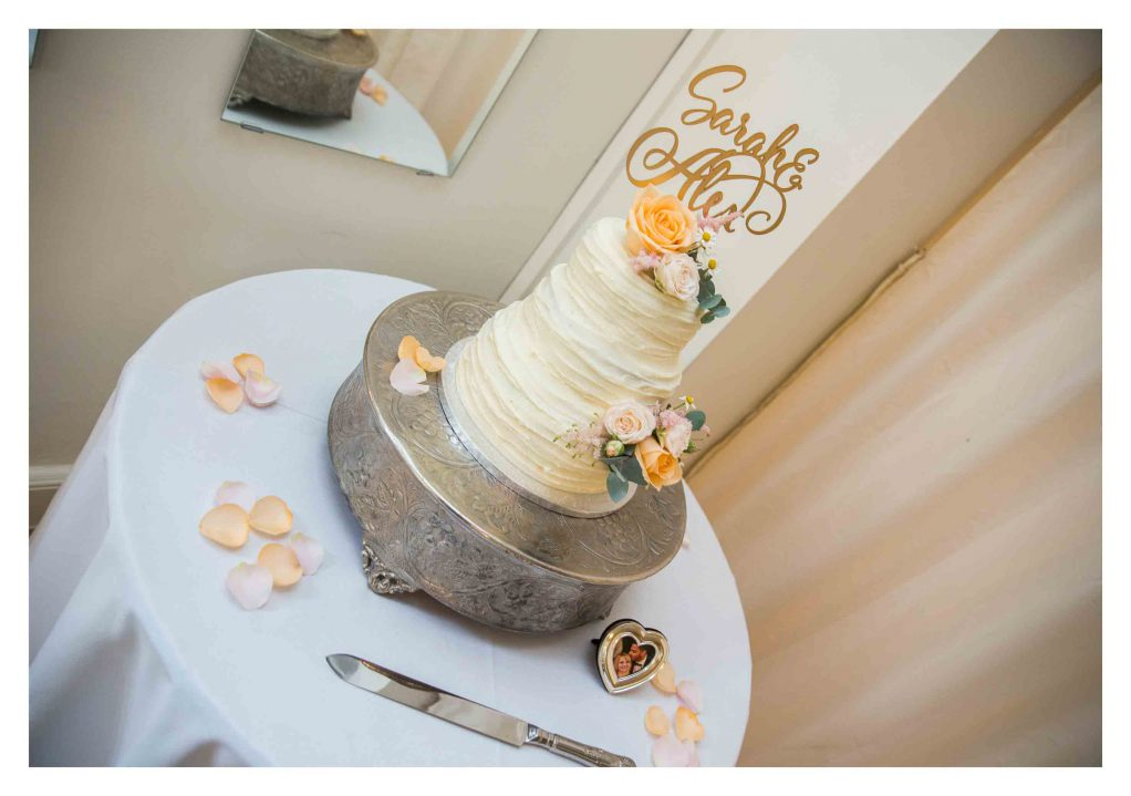 wedding cake warwickshire